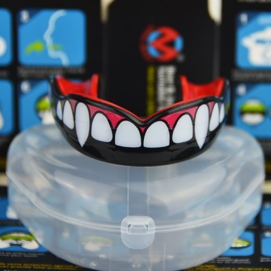 Fang Mouth Guard Unboxing